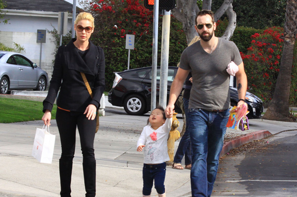 Katherine Heigl and Josh Kelley adopt again