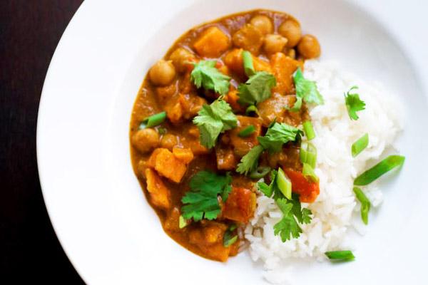 Tonight's Dinner: Slow cooker African peanut stew recipe