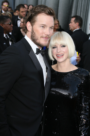 Anna Faris and Chris Pratt having a baby