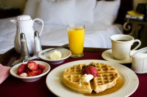 Mother's Day -- Breakfast in Bed