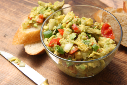 Thick and chunky guacamole