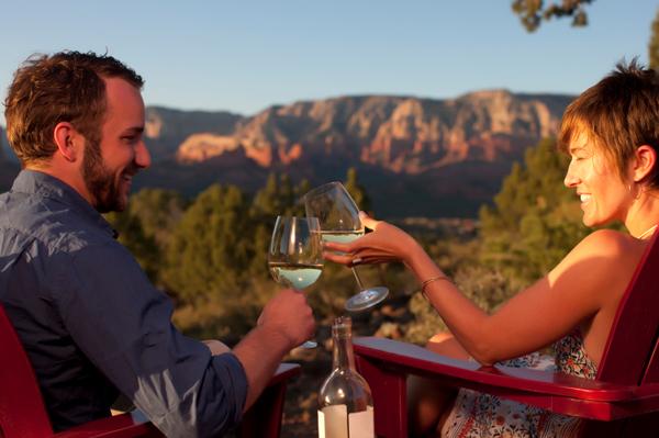 Couple drinking wine in Arizona