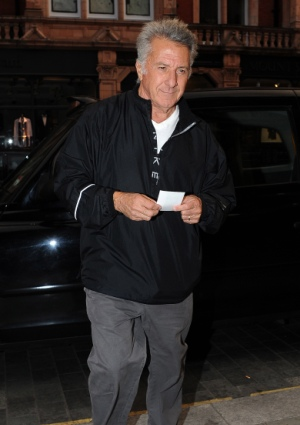 Dustin Hoffman rescues a London runner