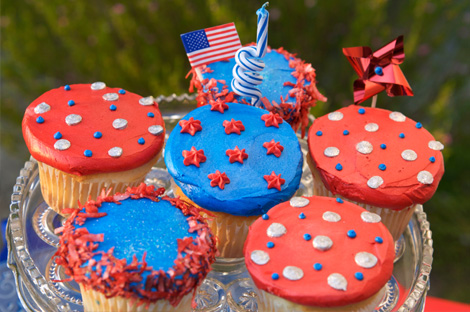 Tips on food, drinks, decor and more for your Memorial Day soiree