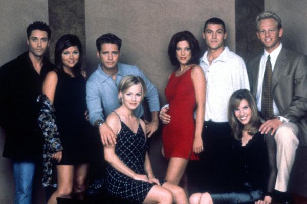 beverly hills 90210 actress tiffani thiessen