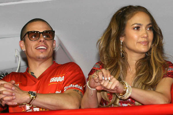 Jennifer Lopez makes Casper Smart head dancer