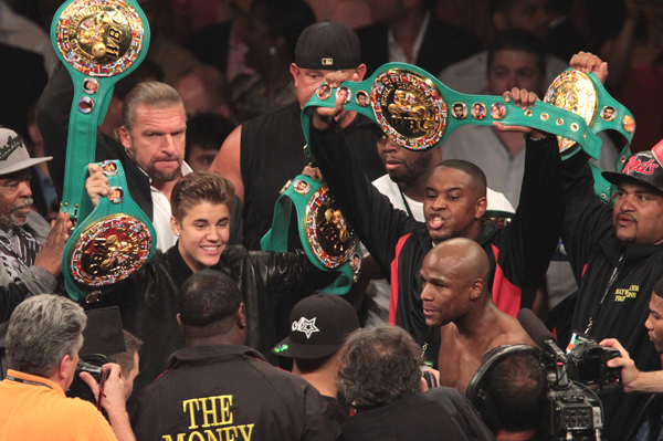 Why was Justin Bieber ringside in Las Vegas?