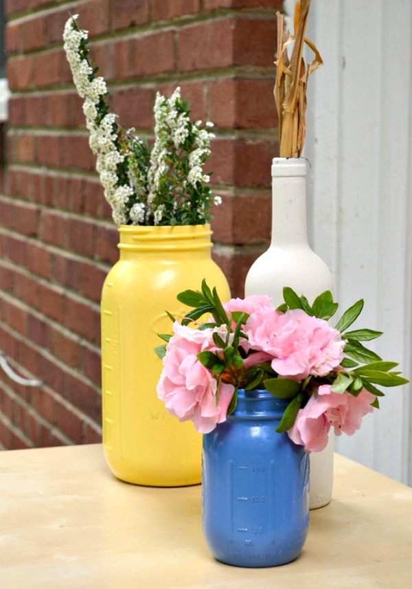 diy painted mason jars wine bottles 1 DIY: How To Turn Mason Jars & Wine Bottles Into Beautiful Home Decor