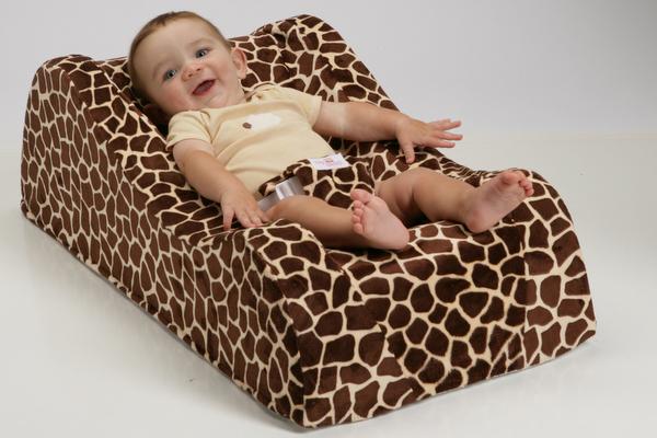 Nap Nanny giraffe print