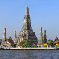 Climb Wat Arun