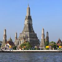 Climb Wat Arun