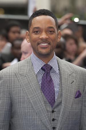 Will Smith freaks out on the red carpet