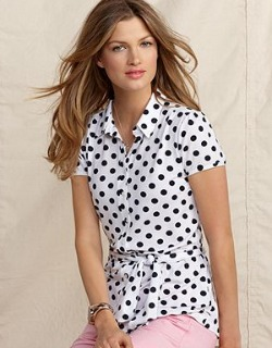 Image hotlink - 'http://cdn.sheknows.com/articles/2012/06/all_american/black_white_blouse.jpg'