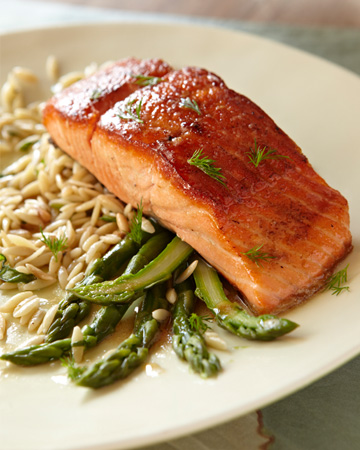 Broiled ora king salmon with honey dill glaze