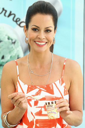 Brooke Burke eating ice cream