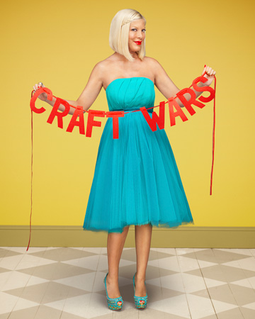 Tori Spelling in Craft Wars