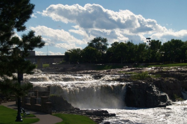Fall in love with Sioux Falls
