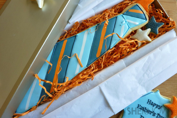 Edible Father's Day sugar cookie necktie