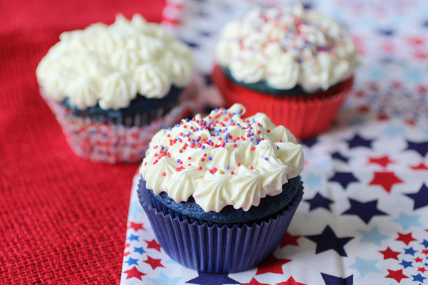 Fourth of July tie-dyed cupcakes