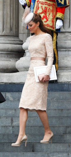 Kate Middleton - Nude dress