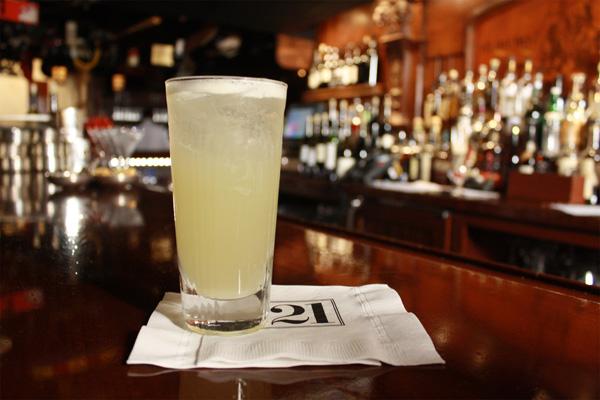 '21' Club' Gin Fizz