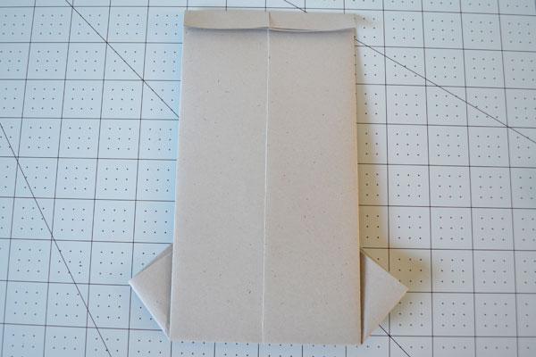 Cartão camisa Dia dos Pais: Turn cartão e dobrar topo