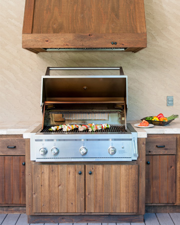 Must-haves for outdoor kitchens