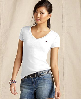 Tommy Hilifiger V-neck, short-sleeve tee