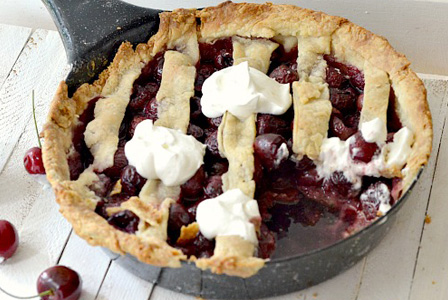Drunken cherry pie skillet