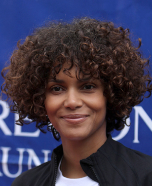 halle berry fall hospitalized