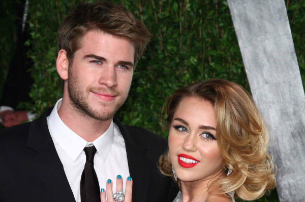 Liam Hemsworth and Miley Cyrus at the 2012 Vanity Fair Oscar Party
