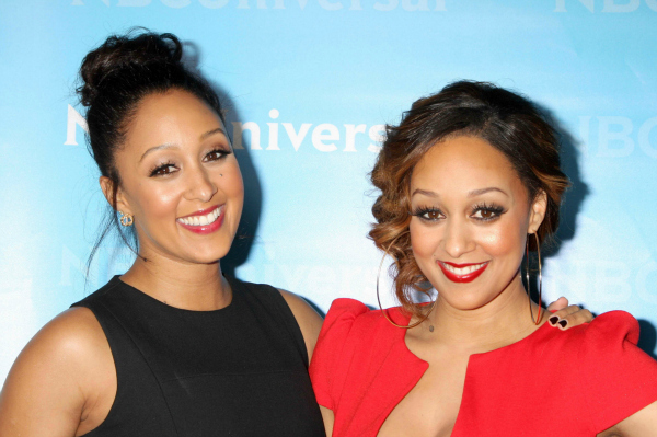 Tia and Tamera Mowry at NBC Universal's Winter Tour Party