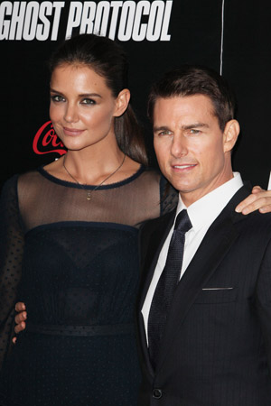 Katie Holmes  Cruise Divorce on Katie Holmes Tom Cruise Divorce Settlement Jpg