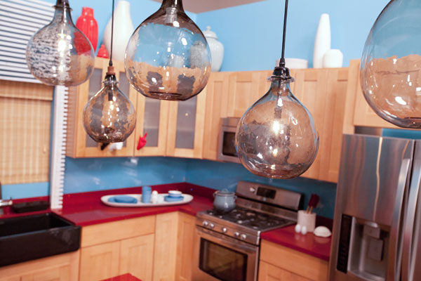 Design Star season 7:Kitchen lighting