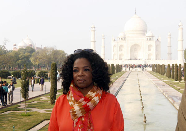 Oprah visiting the Taj Mahal