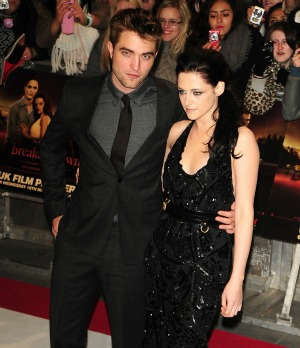 Kristen Stewart  Robert Pattinson Engaged on Scoop On Robert Pattinson And Kristen Stewart  S Rumoured Wedding