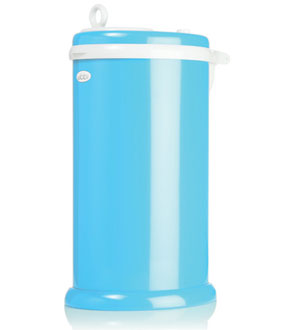 Debating the best and worst dirty diaper pails