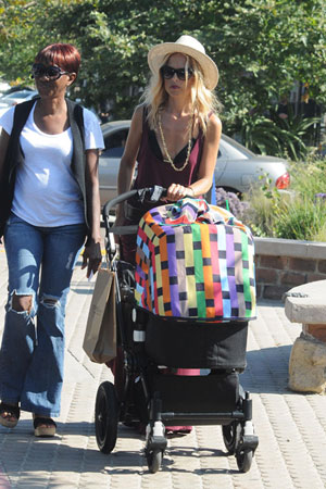 Celebrity mom baby strollers