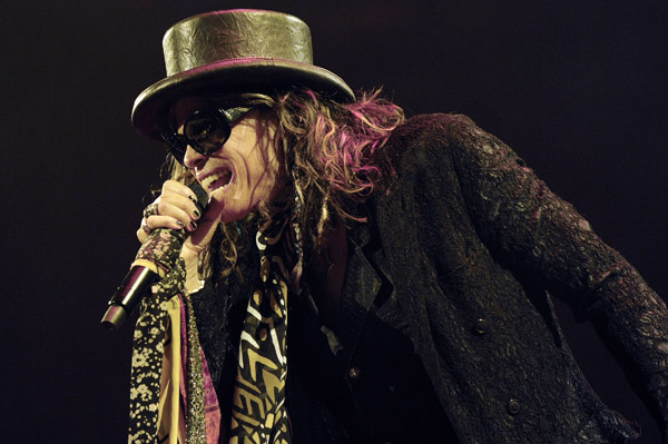 Steven Tyler is leaving American Idol