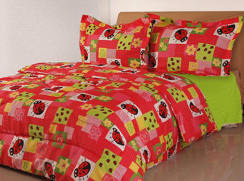 Bugs and buds bedding set
