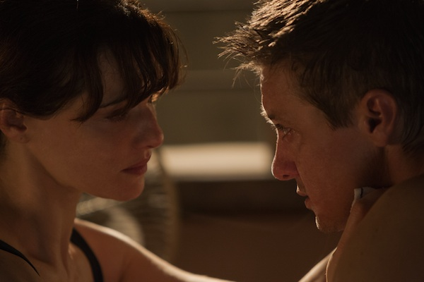 The Bourne Legacy Renner and Weisz