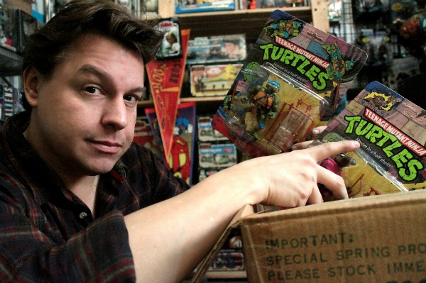 Toy Hunter Host Jordan Hembrough Discovers a Box of Teenage Mutant Ninja Turtles