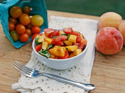 tomato peach and basil salad