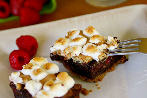 S'mores-n-berry bars