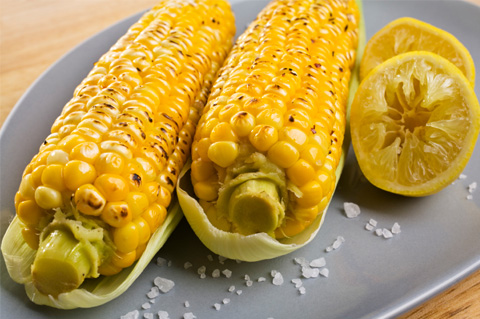 Crockpot corn on the cob with garlic butter
