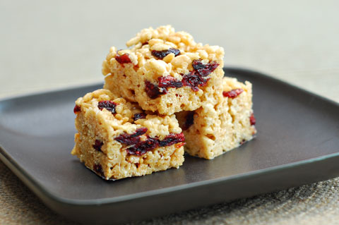 Rice Krispies with dried fruit
