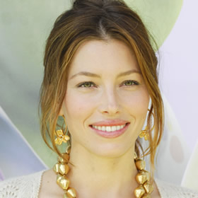 Jessica Biel's low, casual ponytail