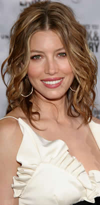 Hairstyles to try at the blow out bar