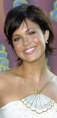 Mandy Moore's short hairstyle