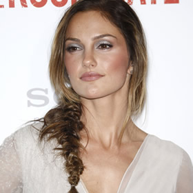 Minka Kelly's side braid